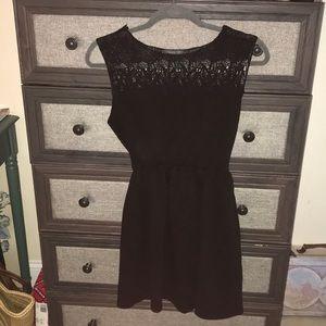 Soprano sz M Black lace top dress